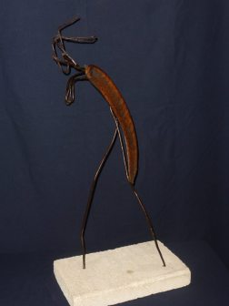 Nomade - Sculpture acier, végétal (graine), pierre naturelle 50x30x20 cm - Prix : 150€